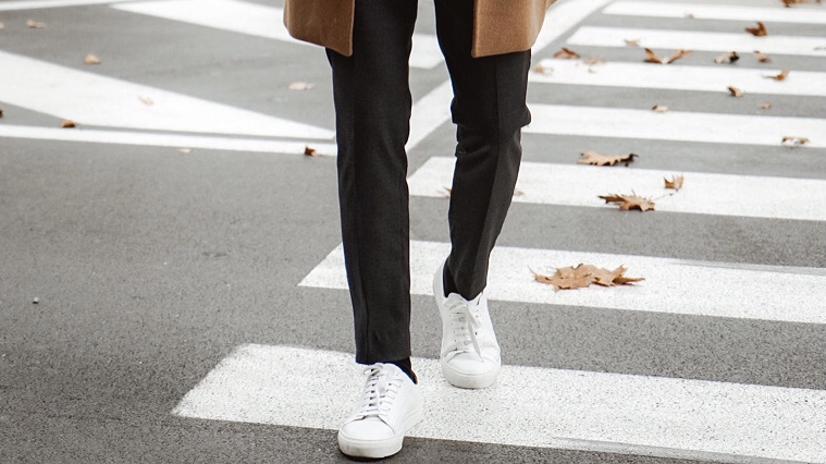 5 BEST WHITE SNEAKERS