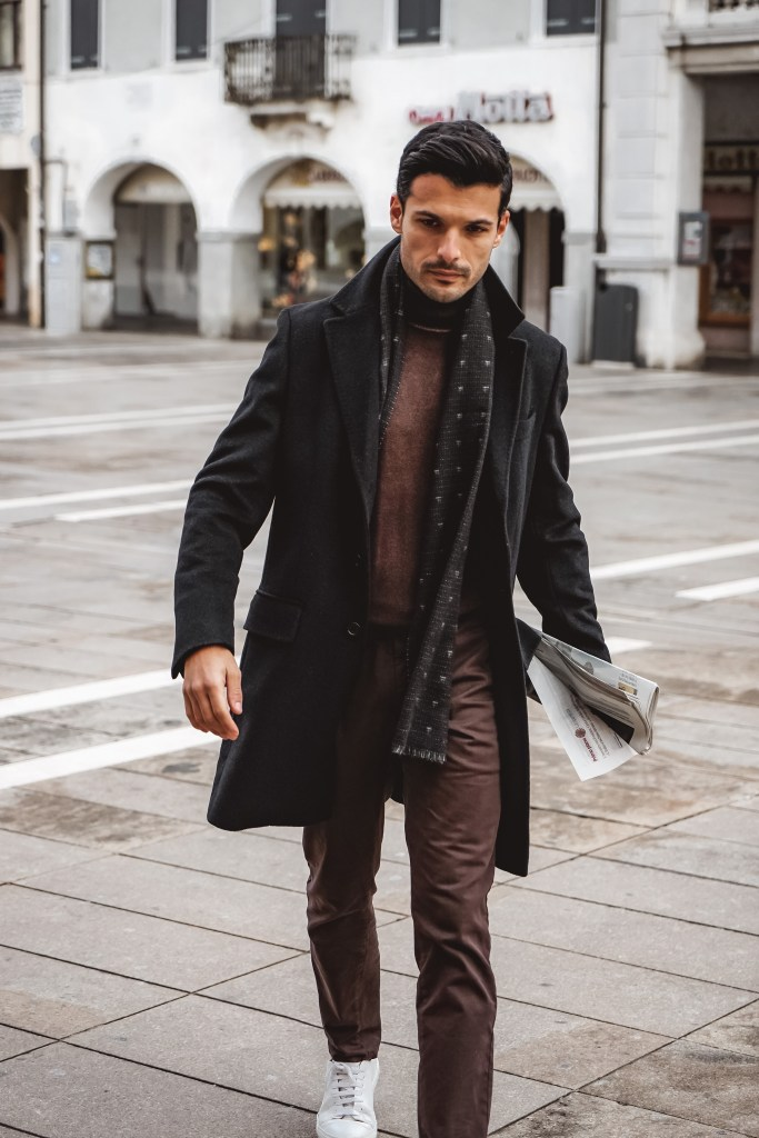 10 THINGS EVERY MAN SHOULD OWN BY 30